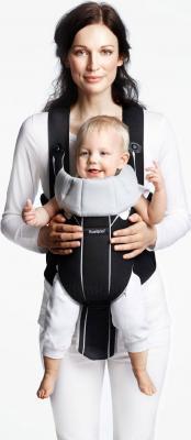 Эрго-рюкзак BabyBjorn Miracle Cotton Mix 0960.65 (черно-серебристый) - ребенок лицом вперед