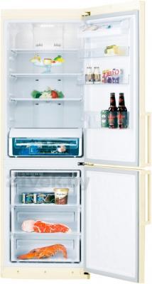 Холодильник с морозильником Samsung RL50RFBVB1/BWT - в открытом виде