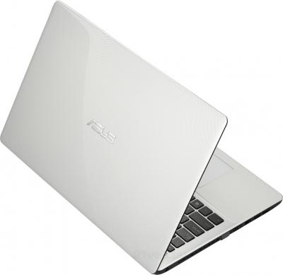 Ноутбук Asus X552EA-SX008H - вид сзади