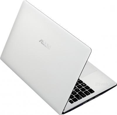 Ноутбук Asus X551MA-SX057D - вид сзади