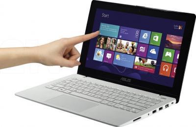 Ноутбук Asus X200LA-CT002H - общий вид