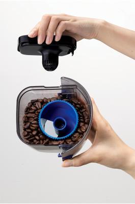 Вертикальный портативный пылесос Samsung SS7555 (VCS7555S3W/XEV) - кофейные зерна для ароматизации