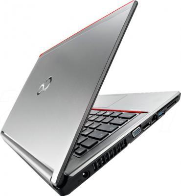 Ноутбук Fujitsu LIFEBOOK E753 (E7530MF011RU) - вид сзади