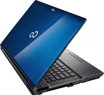 Ноутбук Fujitsu LIFEBOOK NH532 (NH532M65B2RU) - вид сзади