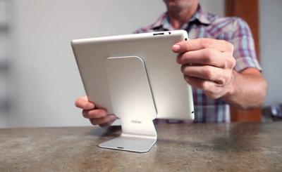 Подставка для ноутбука Dekke Slope 10 - в использовании