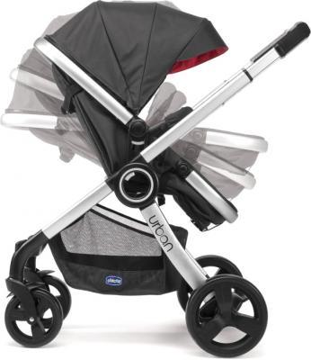 Детская универсальная коляска Chicco Urban (Black) - регулировка наклона спинки (козырек в комплектацию не входит)