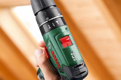 Аккумуляторная дрель-шуруповерт Bosch PSB 10.8 LI-2 (0.603.983.921) - вид сбоку