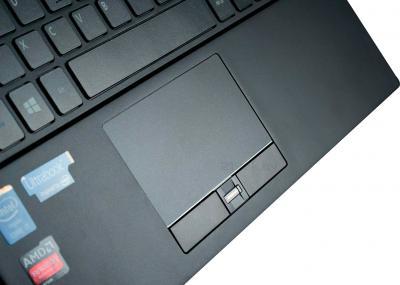 Ноутбук Acer Trav TMP645-MG-74501225tkk (NX.V92ER.002) - тачпад