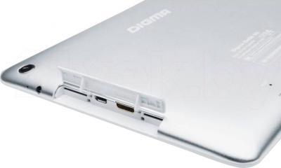 Планшет Digma iDsD8 3G (Aluminum) - боковые разъемы