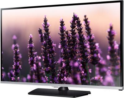 Телевизор Samsung UE40H5020AK - вполоборота