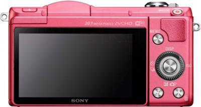 Беззеркальный фотоаппарат Sony ILCE-5000L (розовый) - вид сзади