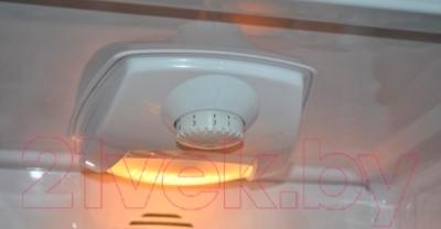 Холодильник с морозильником Beko CN333100X