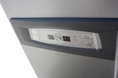 Холодильник с морозильником Daewoo FRS-U20HES - дисплей