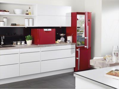 Холодильник с морозильником Electrolux EN3487AOH - в интерьере