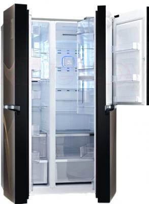 Холодильник с морозильником LG GR-M257SGKR - в открытом виде