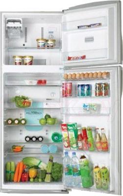 Холодильник с морозильником Toshiba GR-R59FTR(SX) - в открытом виде