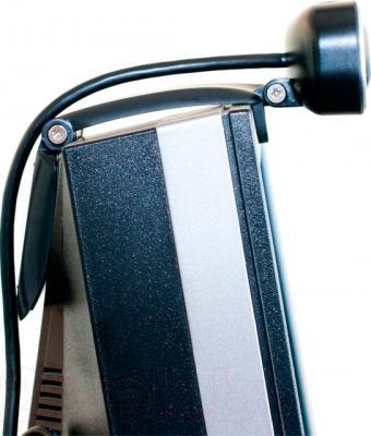 Веб-камера Sven IC-990 HD - крепление на мониторе