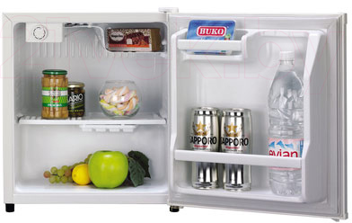Холодильник без морозильника Daewoo FR-052AIX - пример заполненного холодильника