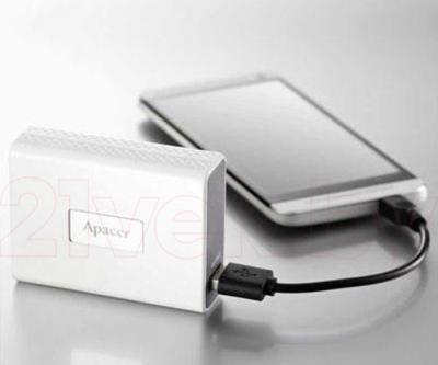 Портативное зарядное устройство Apacer APB110W-1 - в работе