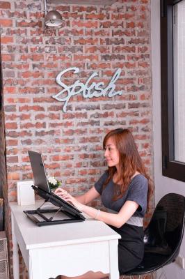 Подставка для ноутбука Cooler Master NOTEPAL ERGOSTAND LITE (R9-NBS-ESLK-GP) - общий вид