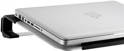 Подставка для ноутбука Cooler Master NotePal U2 Plus (R9-NBC-U2PS-GP) - с ноутбуком
