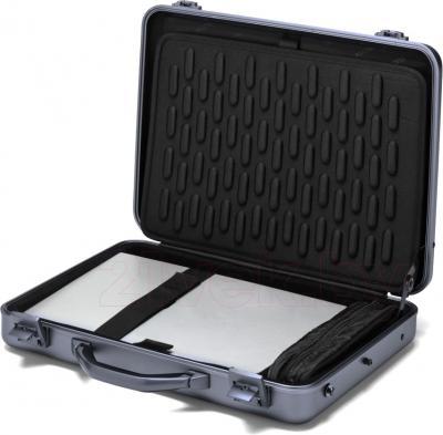Кейс для ноутбука Dicota D30588 - в раскрытом виде