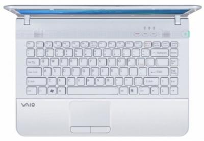 Ноутбук Sony VAIO VPCEA3M1R/WI - сверху