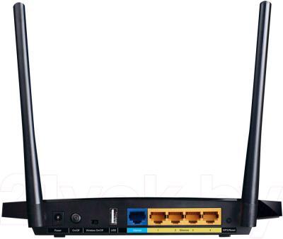 Беспроводной маршрутизатор TP-Link TL-WDR3500 - вид сзади