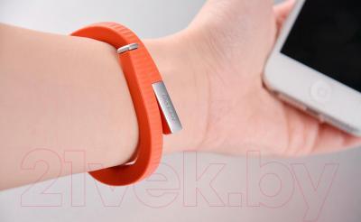 Фитнес-трекер Jawbone Up24 (L, оранжевый) - в использовании