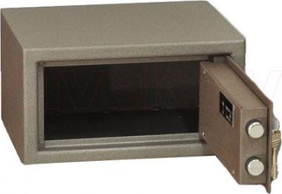 Мебельный сейф SAFEtronics 17М - с открытой дверью