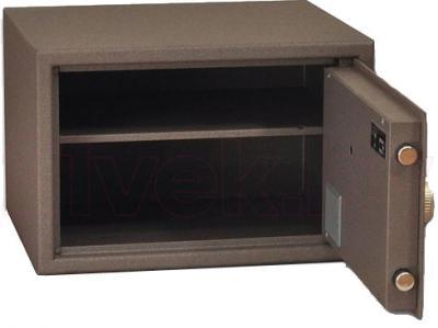 Мебельный сейф SAFEtronics 28МЕ - с открытой дверью