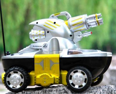 Радиоуправляемая игрушка YED Amphibious Tank (24883B) - вид сбоку