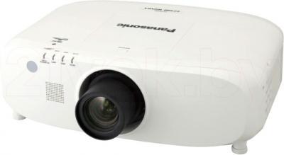 Проектор Panasonic PT-EZ580E - общий вид
