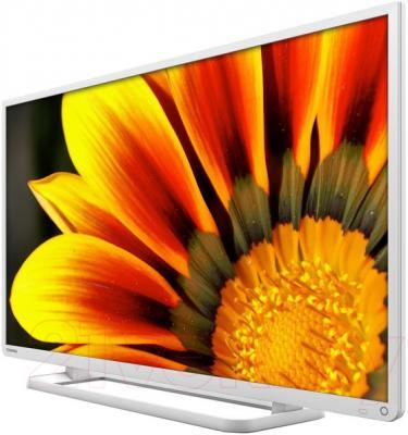 Телевизор Toshiba 40L2454RK - вполоборота