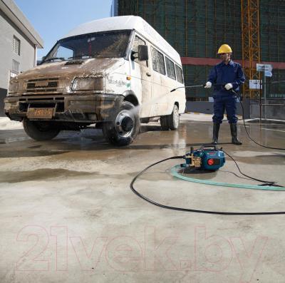 Мойка высокого давления Bosch GHP 5-13 C Professional (0.600.910.000) - в работе