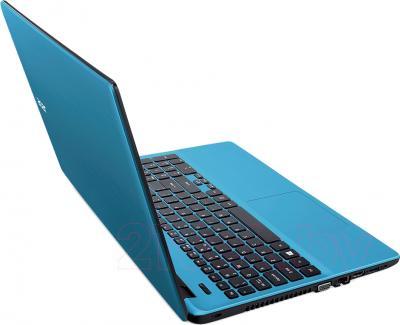 Ноутбук Acer Aspire E5-511-P2ZW (NX.MPMEU.009) - вполоборота