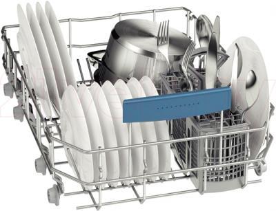 Посудомоечная машина Bosch SPV58X00RU - корзина для столовых приборов