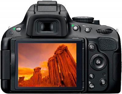Зеркальный фотоаппарат Nikon D5100 Kit 18-55mm II - вид сзади