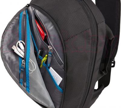 Рюкзак для ноутбука Thule TCSP-313K - в открытом виде