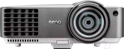 Проектор BenQ MW820ST - вид спереди