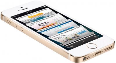Смартфон Apple iPhone 5s (16GB, золотой) - вид лежа