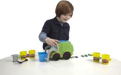 Игровой набор Hasbro Play-Doh Дружелюбный Руди (A3672) - ребенок с набором