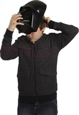 Игровой набор Hasbro Star Wars Шлем Дарта Вейдера (A3231) - ребенок в шлеме