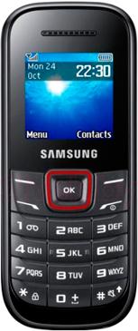 Мобильный телефон Samsung E1200 (черно-красный) - вид спереди
