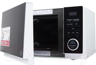 Микроволновая печь LG MH-6353H - с открытой дверцей