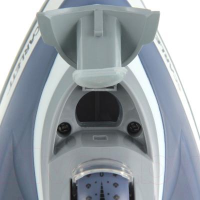 Утюг Scarlett SC-SI30K03 - отверстие для наполнения резервуара