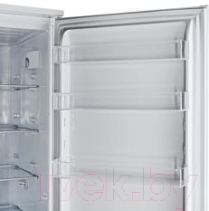 Холодильник с морозильником Hotpoint BCB 33 AA