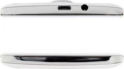 Смартфон Prestigio MultiPhone 5307 Duo (белый) - вид сзади и снизу