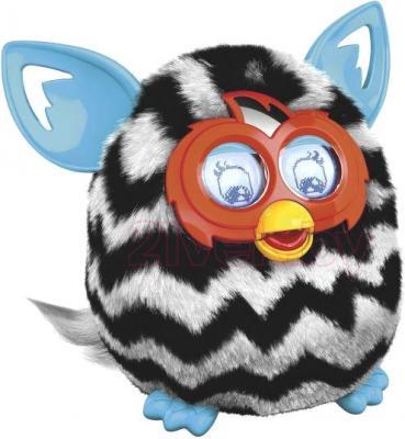 """Интерактивная игрушка Hasbro """"Furby Boom"""" Теплая волна 4339/4342 (черно-белая) - вид сбоку"""