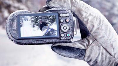 Компактный фотоаппарат Ricoh WG-4 GPS (черно-синий) - морозоустойчивый корпус